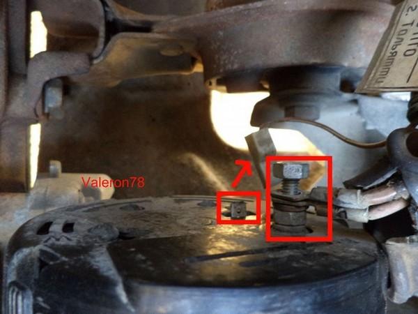как снять генератор ваз2115