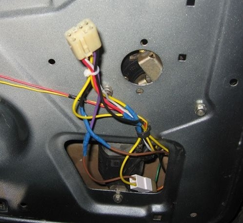 clip image029 - Схема подключения электростеклоподъемников ваз 2110