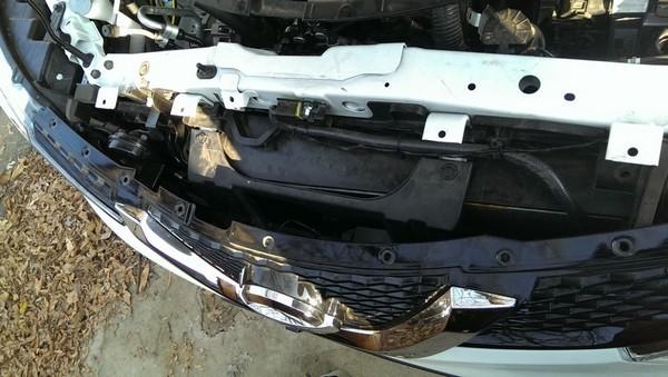 Установка задних и передних парктроников и камер в Nissan Qashqai